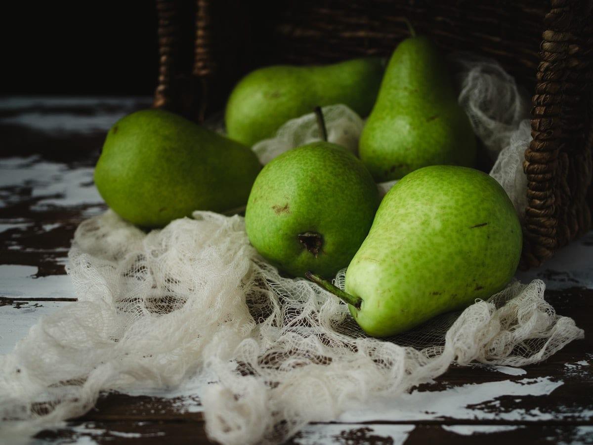 Pears (x4)